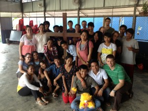 """Garth teaching the """"Cost of Discipleship"""" to our Battambang DTS!"""